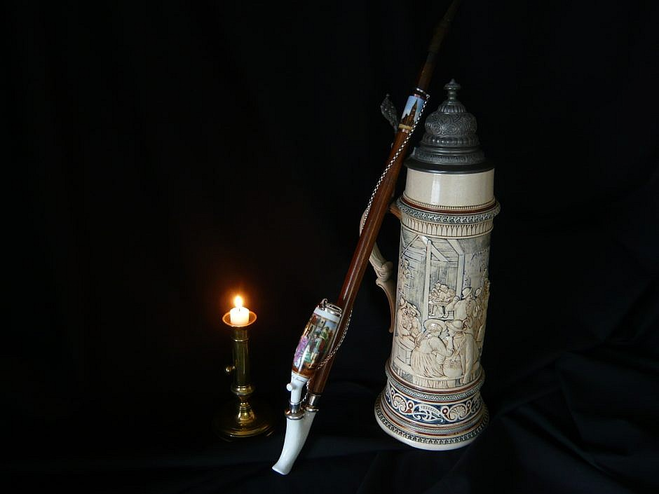 Antike porcelain Pipe